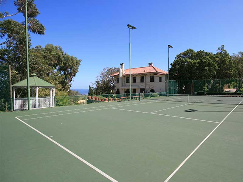 Camps Bay Retreat Tennis Court