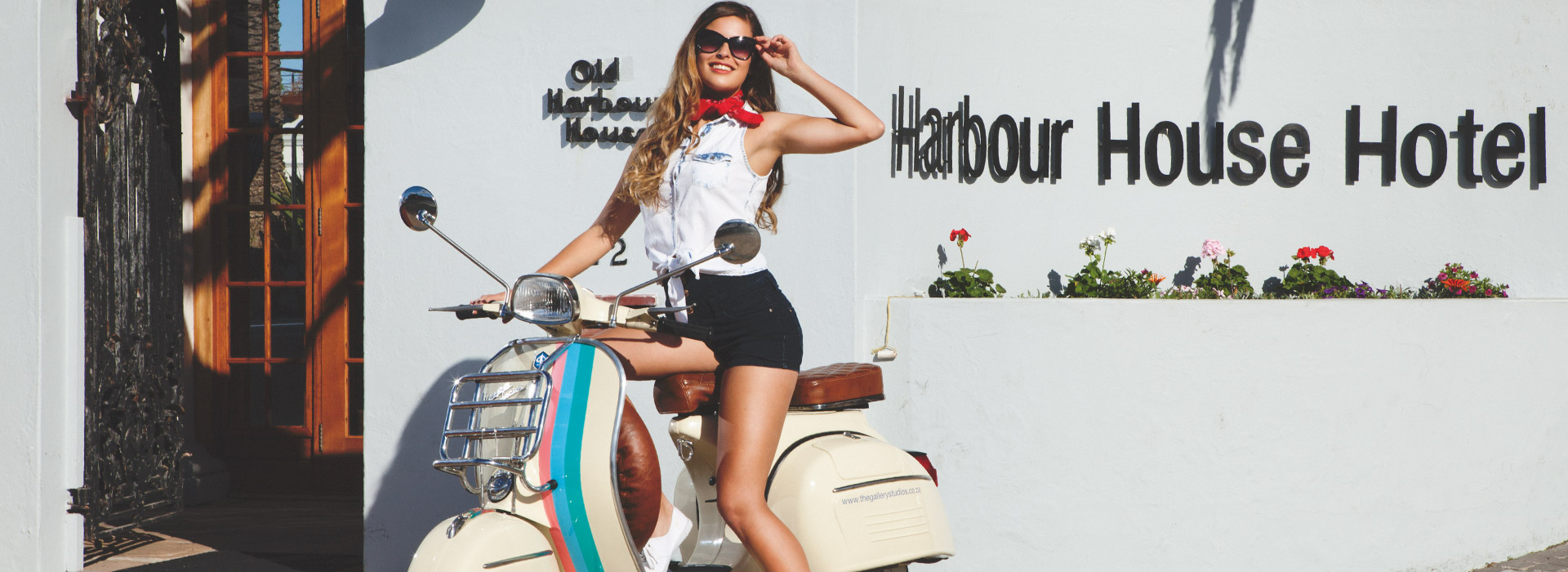 The Gallery Studios - Harbour House Hotel Vespa